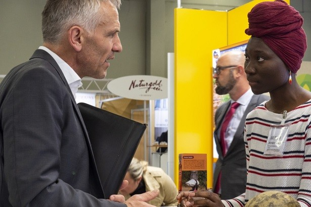 exhibitor and buyer meeting at BioFach 2019